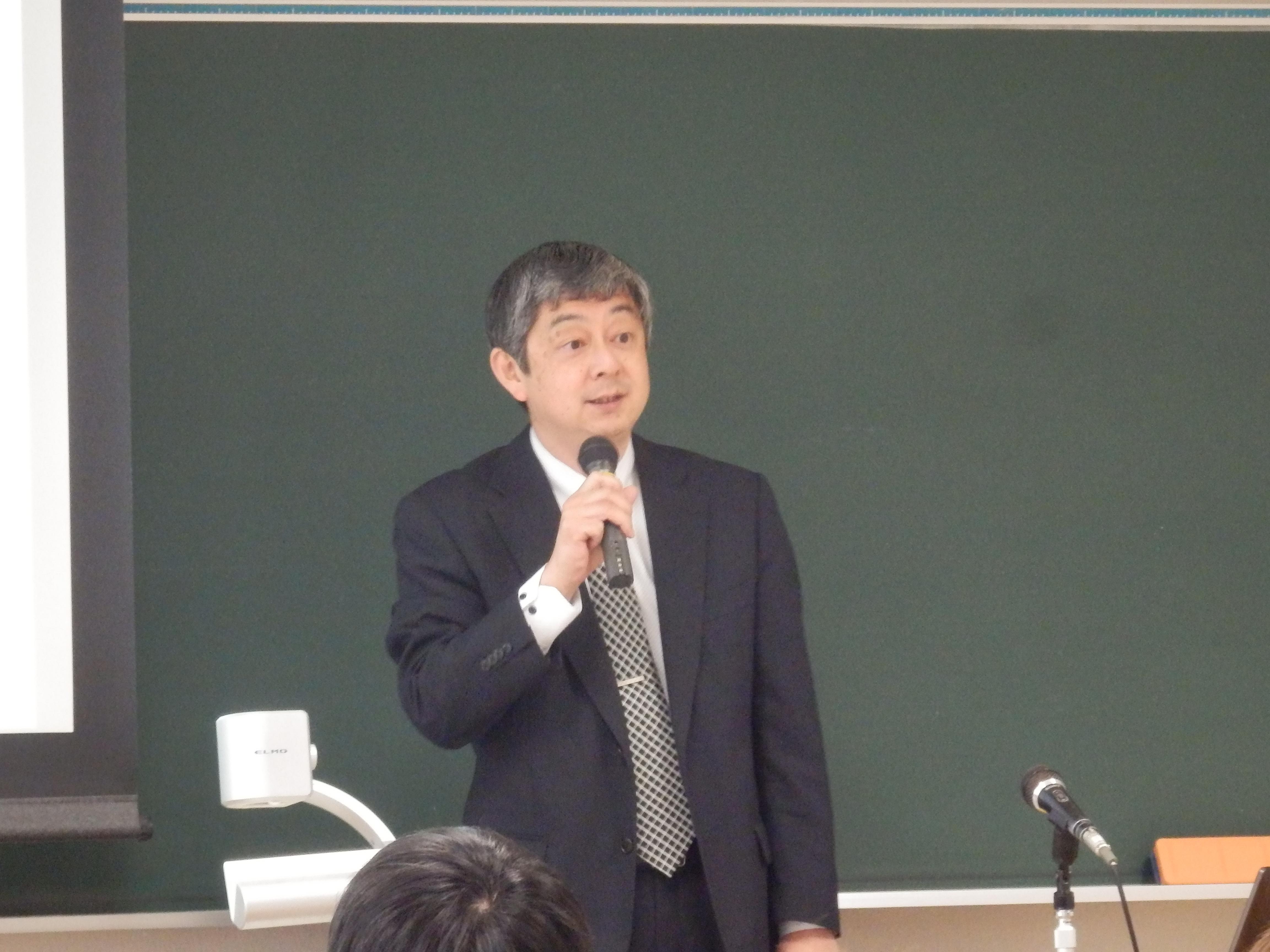 講師の中村文彦氏