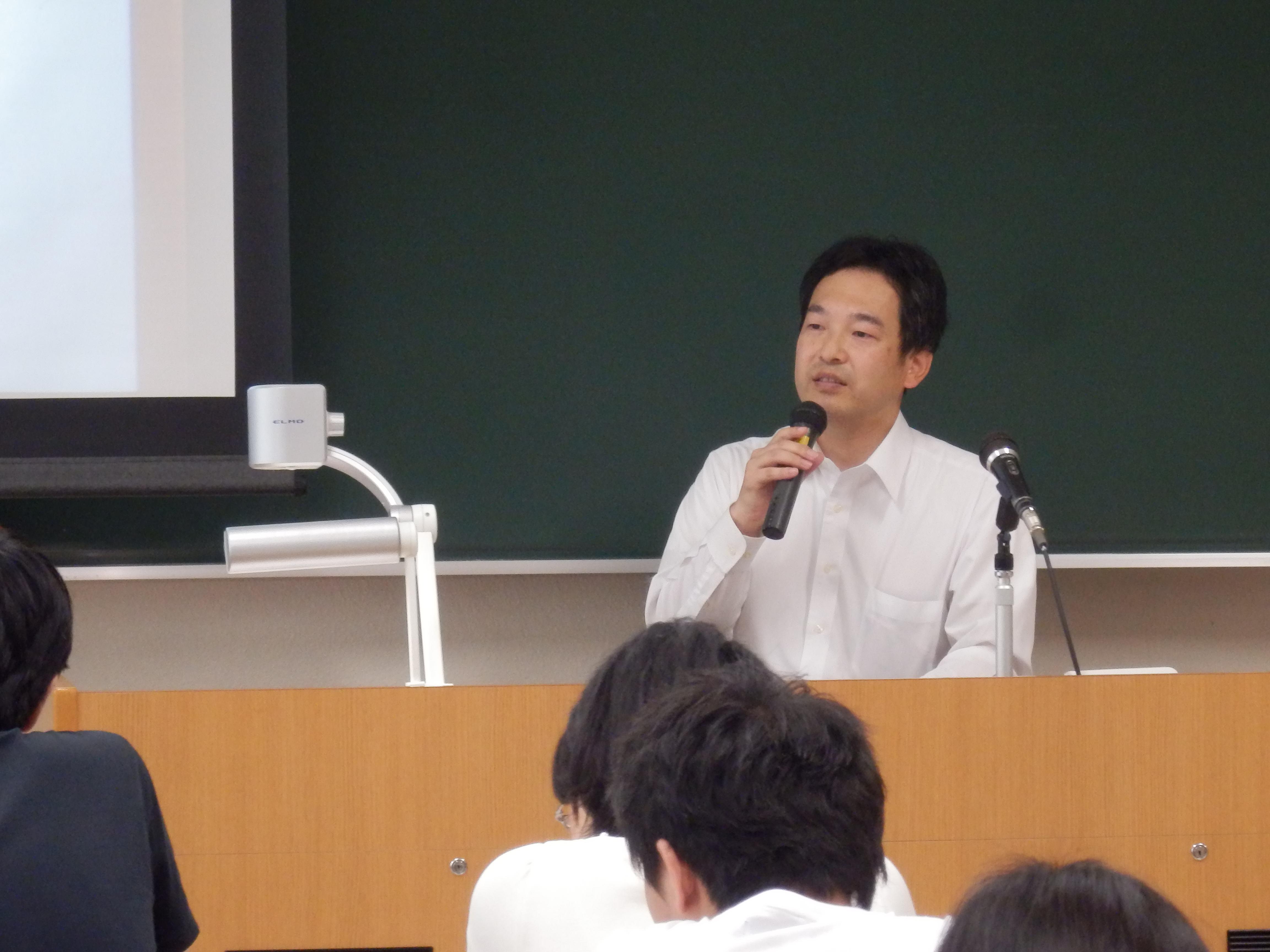講師の松井晴彦氏