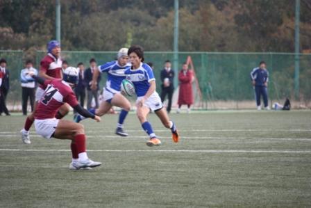軽快な動きを見せる選手