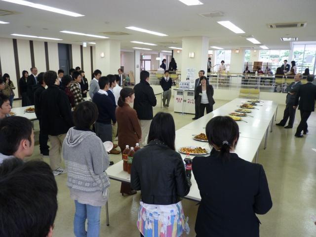 11.11.13入学準備セミナー(食堂)