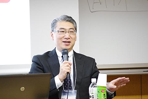 岩井学長の基調講演の様子