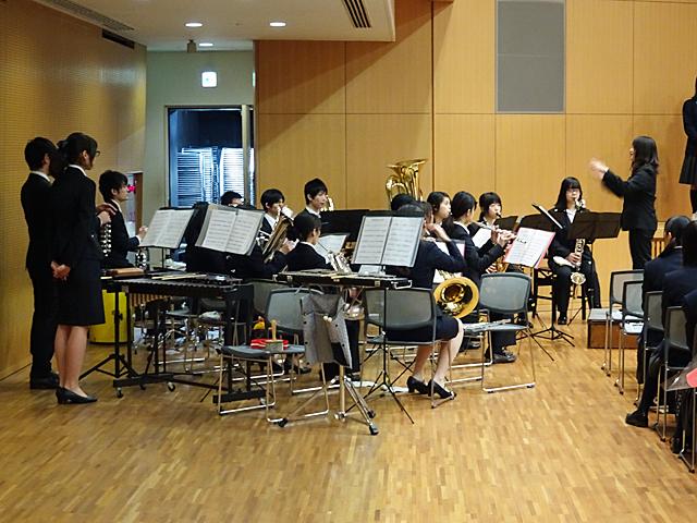 本学吹奏楽部によるオープニング演奏