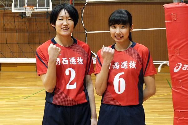 関西学連選抜ユニフォーム姿の伊藤選手(左)、奥野選手(右)