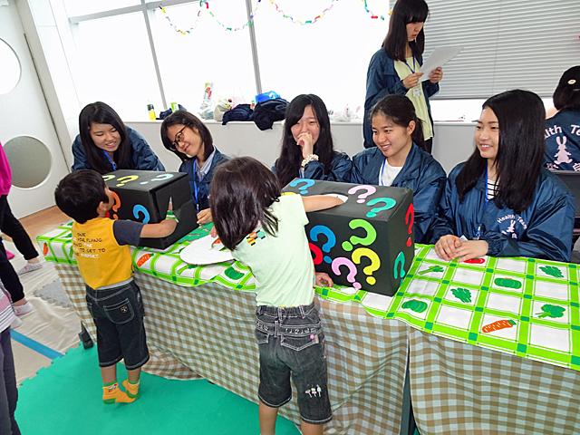 子どもたちに大人気の「野菜シルエットクイズ」