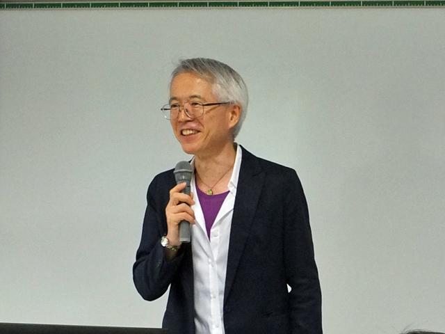 講座の流れについて説明する中嶋教授