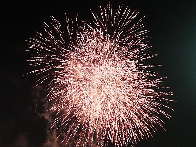 第52回虹色祭のフィナーレを飾る花火